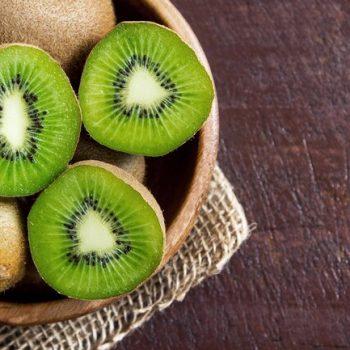 1800ss_getty_rf_kiwi_fruit