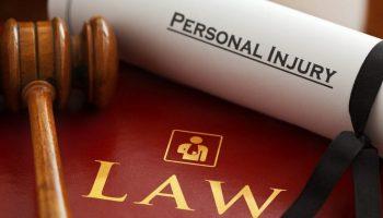 lawyers-1000803_1920-1024×682